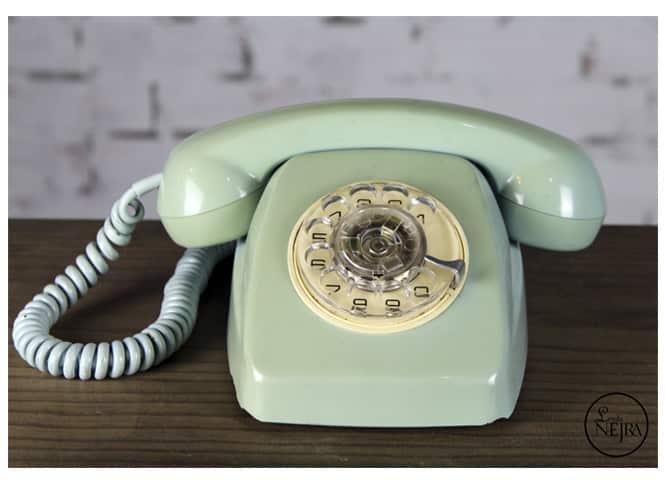 Teléfono vintage verde