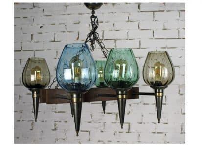Lámpara de techo con tulipas de cristal