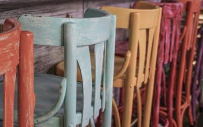 Restaura tus propios muebles con estilo vintage. Guía fácil y técnicas para: decapado, vetas, tiza…