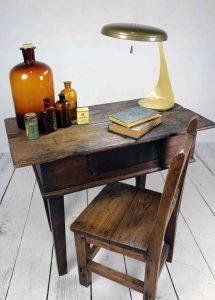 Mesa tocinera de madera de castaño antigua